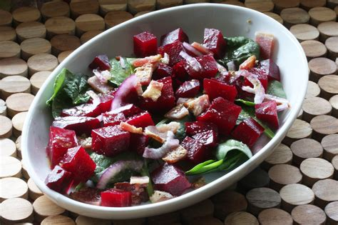beet salad with spinach and balsamic vinaigrette recipe