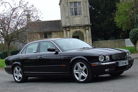 jaguar xj price jaguar xj saloon from 2003 used prices parkers