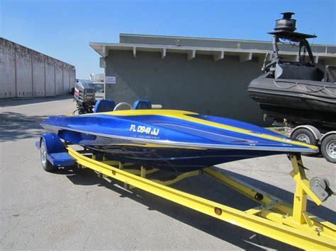 nova cat boats interlux paint finishes interlux paint and bottom paint