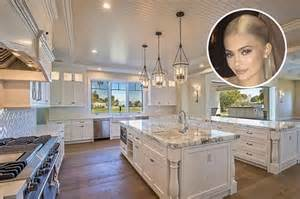 Marble For Kitchen Countertops - which luxury kardashian kitchen is the alltime best for thanksgiving photos