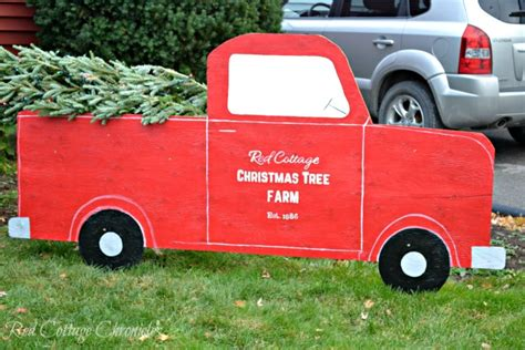 Truck Decorations by Outdoor Decorations Diy Truck Tree