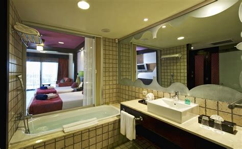 coral bathroom suite ocean coral and turquesa riviera maya ocean coral and