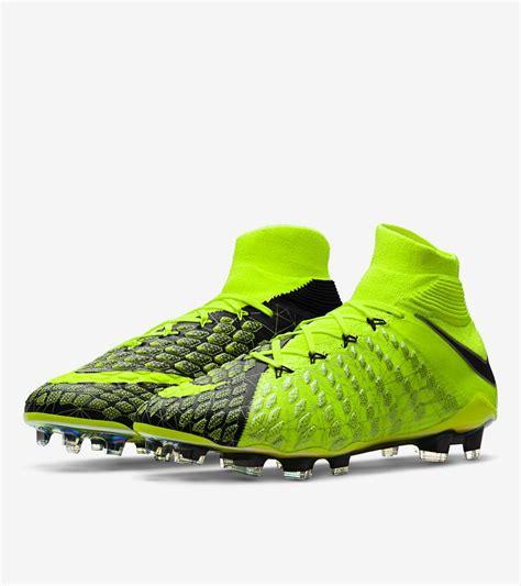 Sepatu Soccer Nike Hypervenom Phantom Iii Volt Ea Sports nike hypervenom i