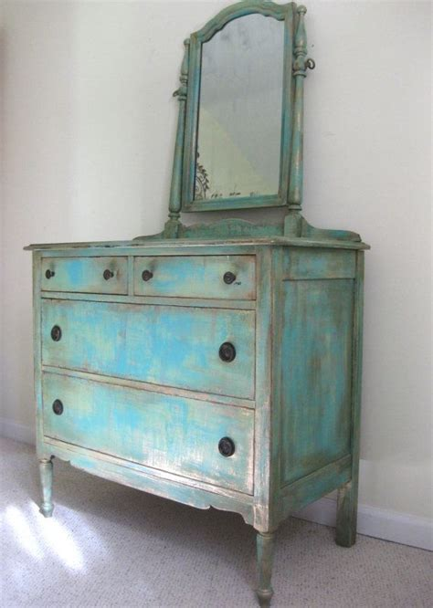 Wandschrank Shabby Chic by 25 Best Ideas About Turquoise Dresser On Teal
