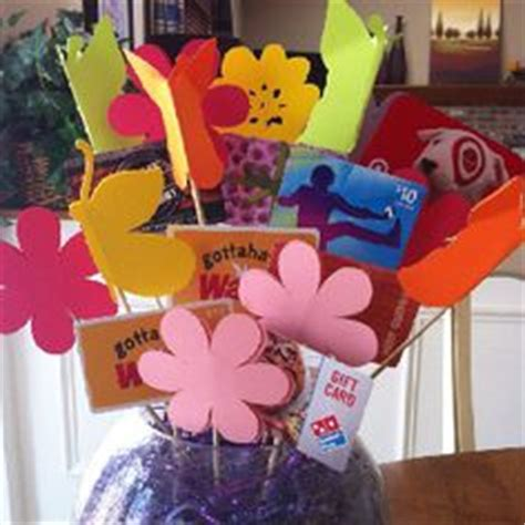 How To Display Gift Cards At A Silent Auction - gift card basket for silent auction such a cute way to display gift cards
