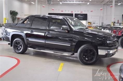 purchase used 2004 chevrolet avalanche 1500 z71 4x4 crew purchase used 2004 chevrolet avalanche 1500 z71 4x4 crew magnaflow custom sound dvd tow pkg