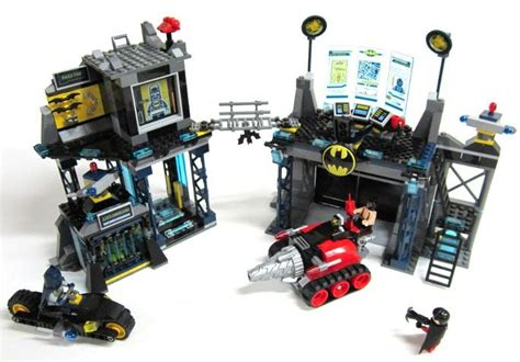 Lego 6860 Heroes The Batcave lego heroes 6860 the batcave i brick city