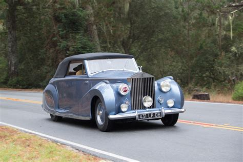 bentley wraith convertible rolls royce silver wraith franay convertible entrant
