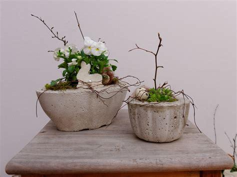 Frühlingsdeko Im Garten by Schale Aus Holz Selber Machen Bvrao