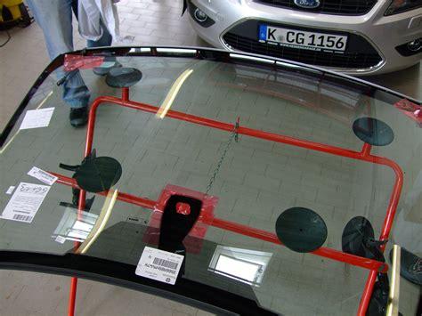 Frontscheibe Polieren Carglass by Steinschlag Frontscheibe Reparieren Oder Austauschen