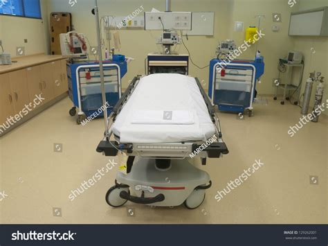 equipment used in the emergency room hospital emergency room resuscitation equipment stock photo 129262001