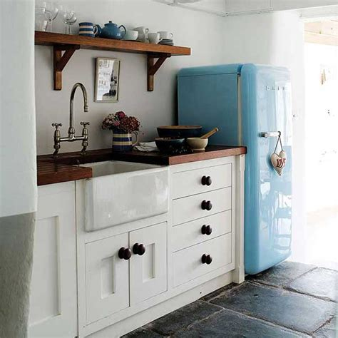 beautiful small kitchens beautiful small kitchens home design
