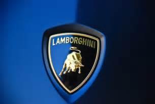 Vs Lamborghini Logo Lamborghini Logo On Car Michael Gibson Flickr