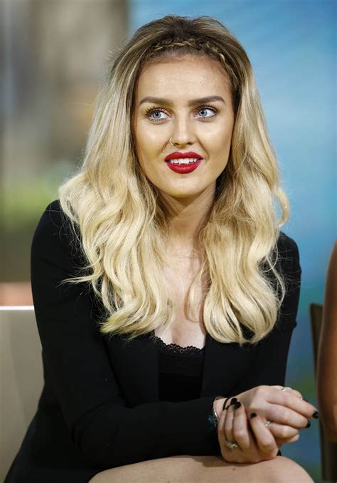 how to blend a lads a hair little mix s perrie edwards shows off new hair with a