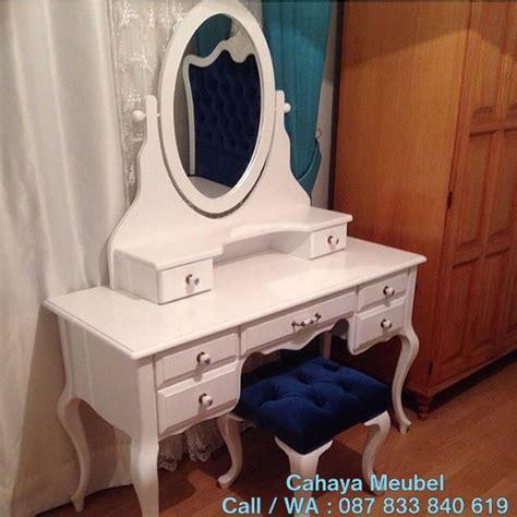 Meja Rias Minimalis Putih meja rias minimalis modern duco putih cahaya mebel jepara
