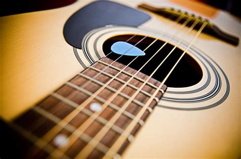 Guitar String - what to look for in replacement acoustic guitar strings ebay