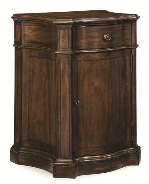 walnut nightstand chateaux walnut door nightstand from 213144 1812