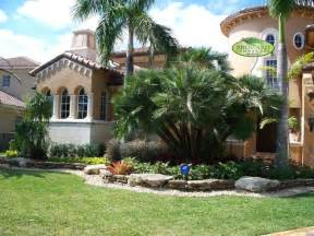 landscaping miami front yard landscaping tropical ideas home decorating ideas