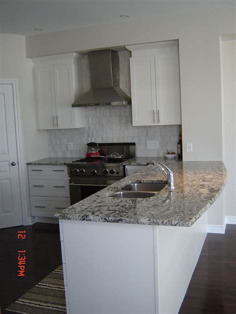 bianco antico granite with white cabinets 89 best kitchen remodel images on pinterest kitchen