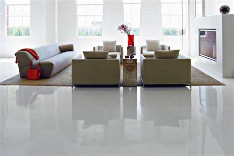 pulizia pavimenti in resina pulire un pavimento in resina ecco come cores srl
