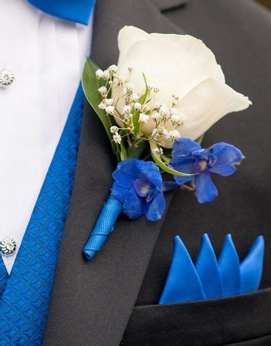 41810 Flowers Dress 17 best images about corsages and boutonnieres on delphiniums prom and white orchids