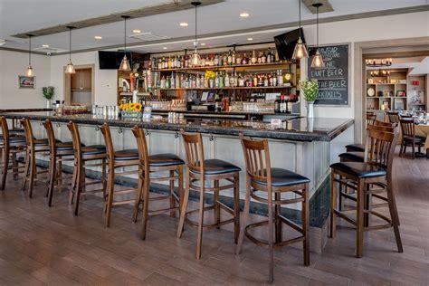 Bar And Lounge Area At The Barn Door Barn Door Restaurant Barn Door Restaurant