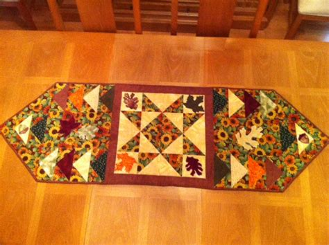 fall table runners to fall table runner