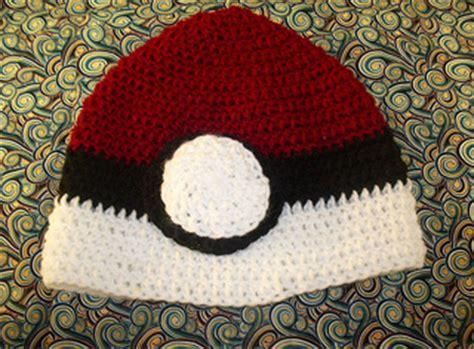 ravelry crochet pokemon pokeball beanie hat pattern  codi hudnall