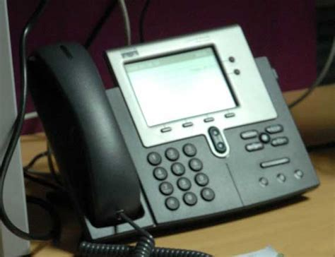 Voip Desk Phone by Voip Desk Phone 2 171 Activo