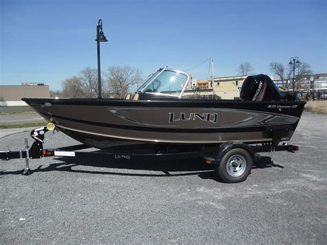 lund boats rochester ny 2016 lund 1675 crossover seager marine inventory boats