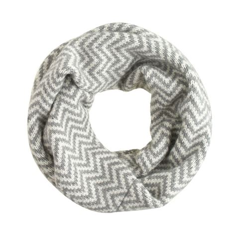 chevron infinity scarf knitting pattern 17 best ideas about chevron infinity scarves on