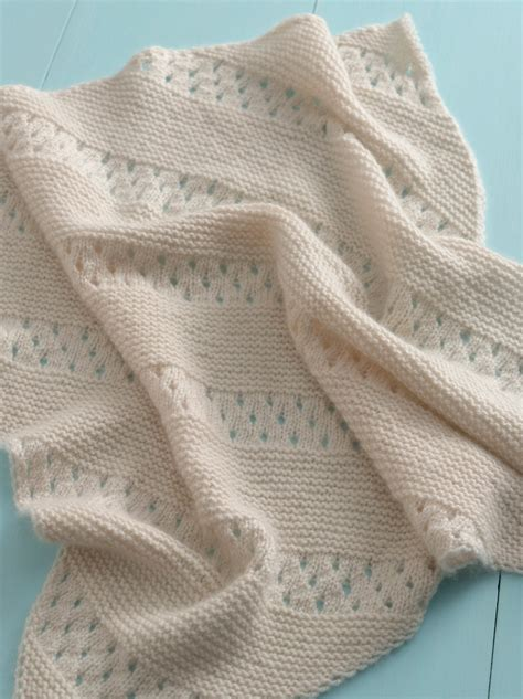free knitting baby blanket patterns treasured heirloom knit baby blanket my hobby