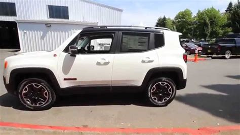 jeep trailhawk white 2015 jeep renegade trailhawk alpine white fpb16455