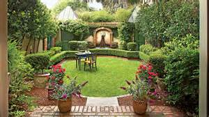 classic courtyards southern living courtyard designs for homes home and landscaping design