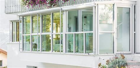 balcone chiuso a veranda verande in alluminio pro e contro