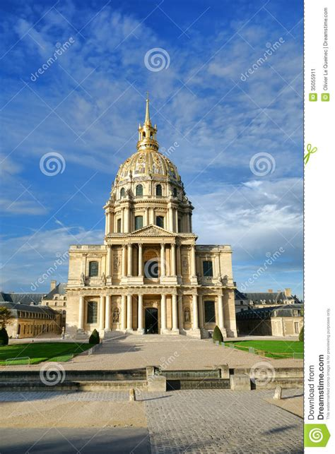 Dompet Pria Berliano les invalides landmark chapel in stock image