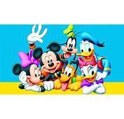 Donald Duck Daisy Mickey Mouse Goofy And Pluto