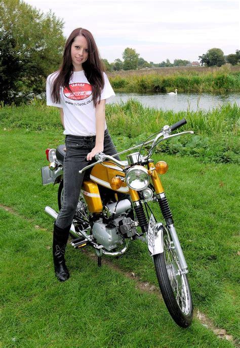 Yamaha Motorrad Club by Yamaha Fs1e Fizzy Fissy Fs1 Fs1 E Owners Club T Shirt