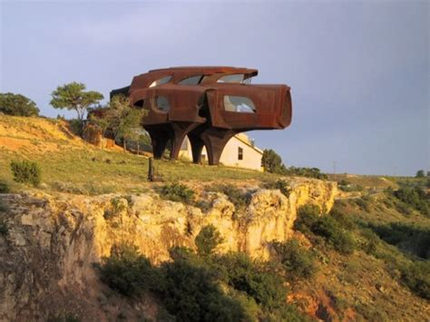 weirdest houses  built funcage