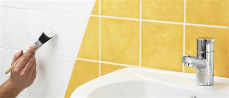 can you paint over bathroom tile 100 can i paint over bathroom tiles bringing it