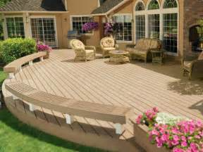decks raised vs grade level outdoor design