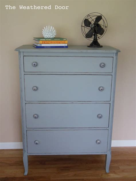 White Dresser With Blue Drawers by 4 Drawer Dresser With Blue And White Pulls The Weathered