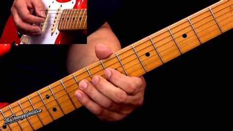 texas blues shuffle lesson   style  srv youtube