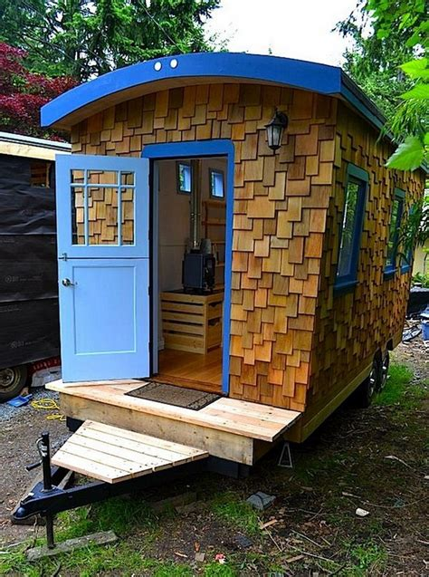 Amazing Tiny Homes On Wheels House Hunting Tiny Houses On Trailers