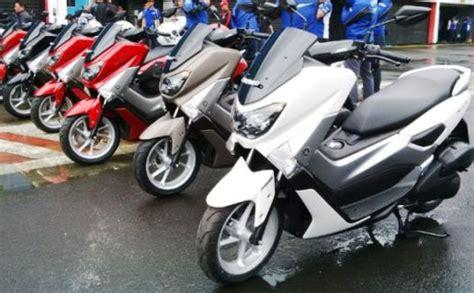 Motor Nmax 2015 yamaha nmax sabet gelar motor terbaik indonesia 2015