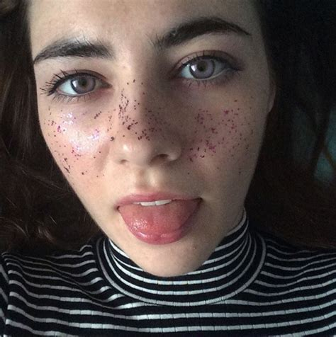photos glitter freckles is the latest beauty trend