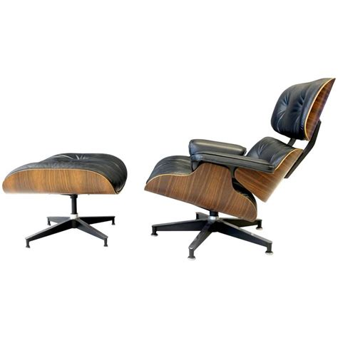Eames 670 Lounge Chair Ottoman by Eames 670 Lounge Chair And Ottoman For Sale At 1stdibs