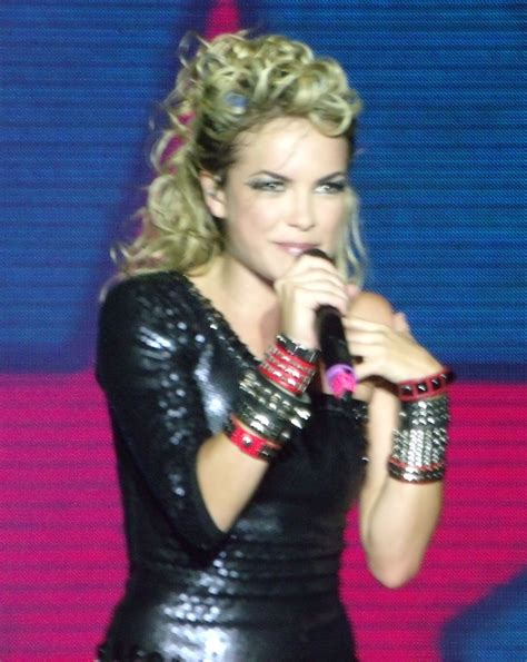 imagenes multiples latex lua blanco wikipedia