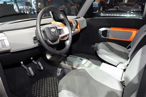 land rover dc100 interior land rover lanza la defender xtech edici 243 n especial auto blog