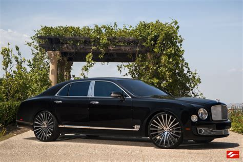 custom bentley mulsanne wheels bentley mulsanne on 24 inch lexani wheels